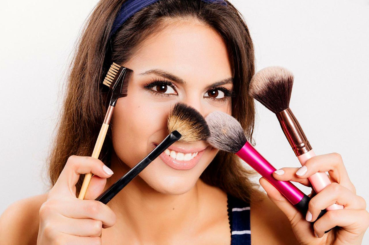 Do we offer aesthetician classes? Find out with our professionals.